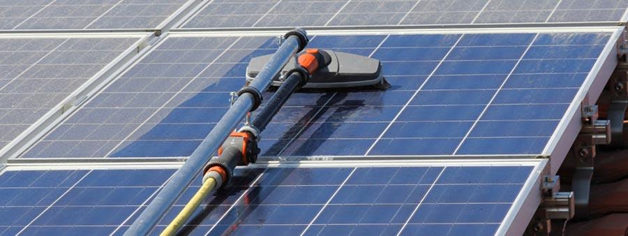 Curatare panouri solare Baia Mare